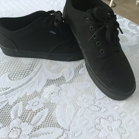 vans off the wall all black